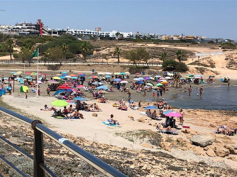 2 bed, 2 bath town house, alquiler vacacional en Playa Flamenca