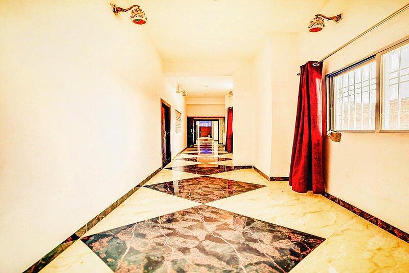 HOTEL VIDHATA PALACE, Ferienwohnung in Rajgir