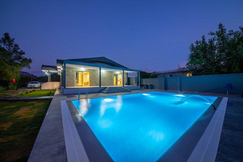 Villa Roma Asparan Village Daily Weekly Rentals, holiday rental in Hisaronu