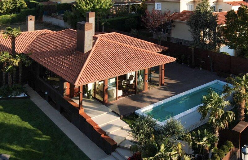 Villa de lujo, holiday rental in Valdemierque