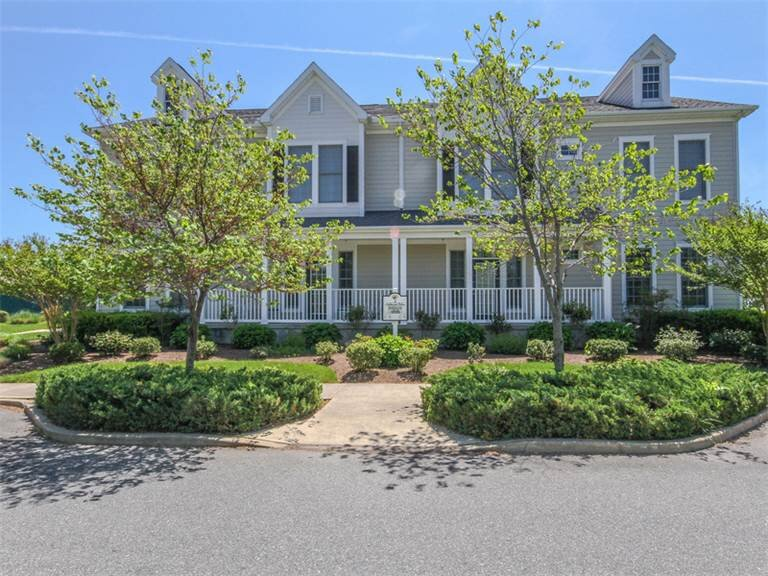 Bear Trap Dunes 2nd floor condo w/shared sauna, golf on-site, & basketball court, holiday rental in Millville