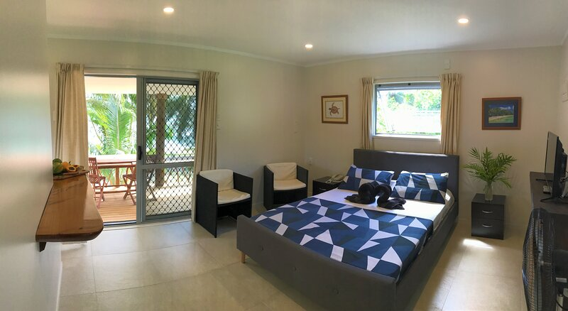 Tai Marino - Beach Bungalow 2, aluguéis de temporada em Aitutaki