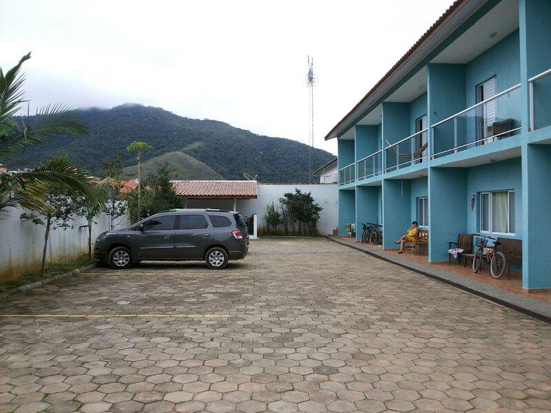 Casa de praia em Maranduba (Para até 12 pessoas), location de vacances à Maranduba