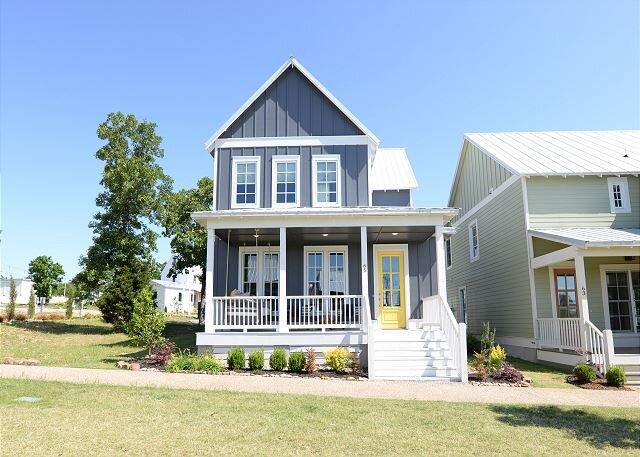 Carlton Landing! Come enjoy Okla Home, vacation rental in Canadian