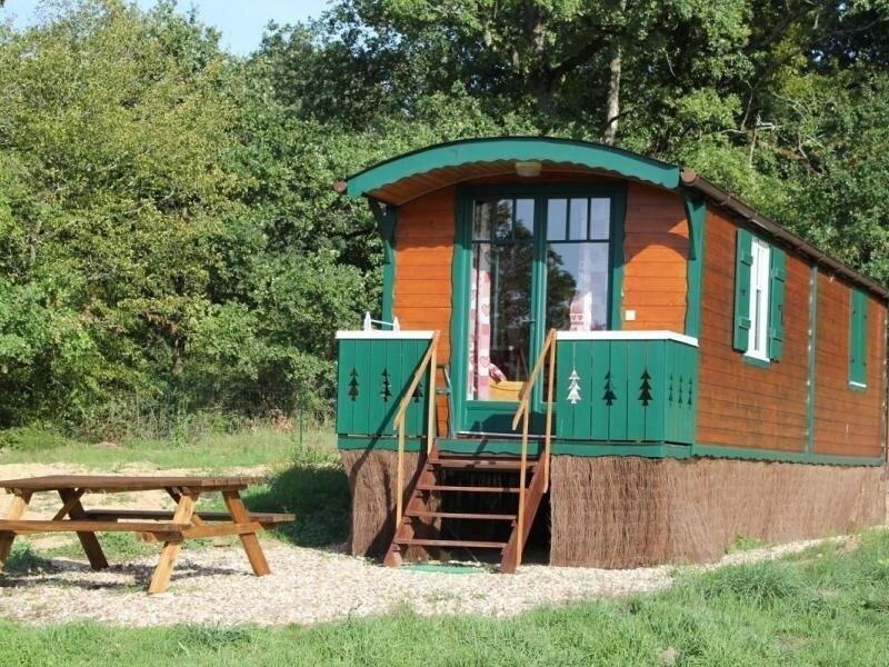 La roulotte du Puy, holiday rental in Vieilles-Maisons-sur-Joudry