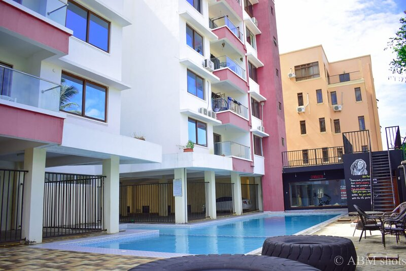 2 bedroom apartment with pool in Nyali, holiday rental in Mombasa