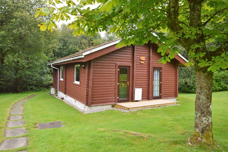 Willow Bank Lodge, newly refurbished, pet friendly, location de vacances à Dunoon