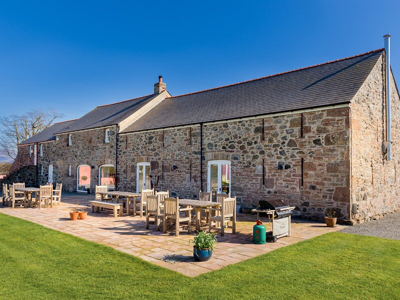 The Outbuildings, Llangaffo, holiday rental in Llangaffo