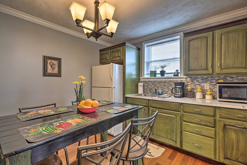 Explore Williamstown from this idyllic vacation rental apartment!