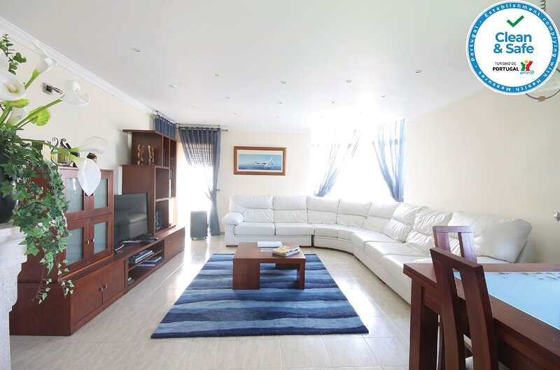 Beach Vibes Apartment, vacation rental in Mira