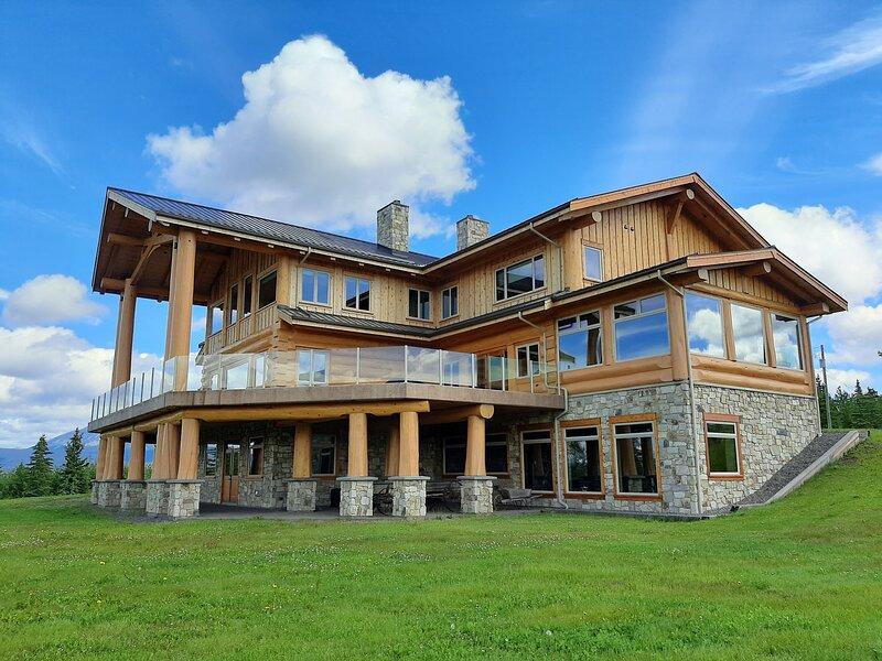 Pink Sky Lodge, location de vacances à Smithers