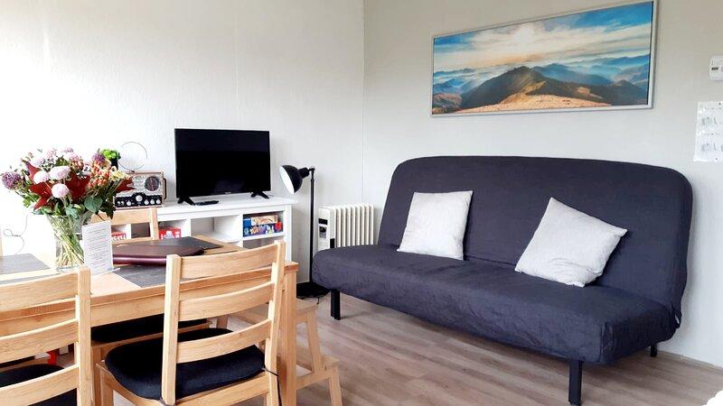 Talblick 1 - Ihr Zuhause mitten im idyllischen Tal, holiday rental in Querfurt