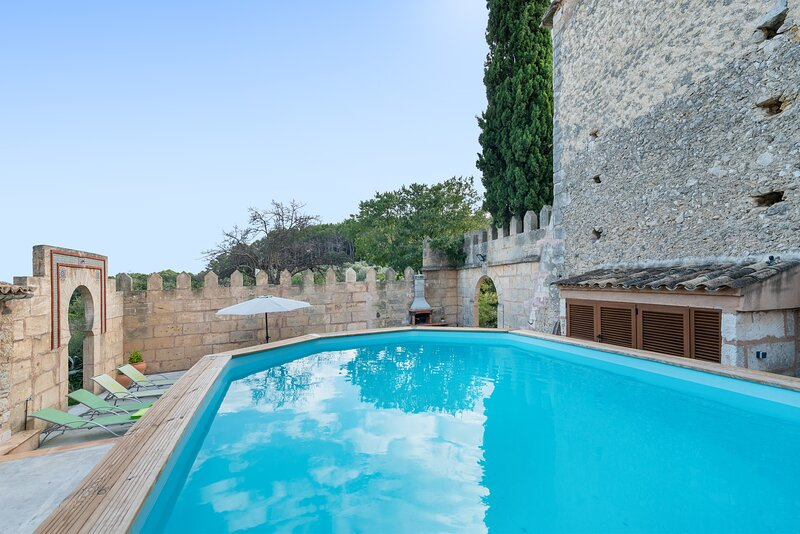 LA BISBAL - Chalet for 6 people in Moscari, casa vacanza a Caimari