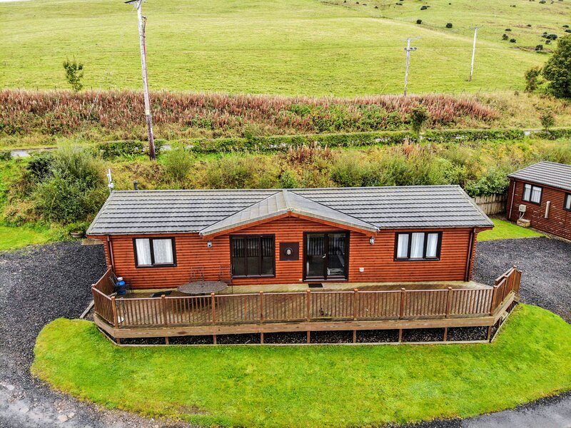 Loch Leven Lodge 7, holiday rental in Falkland