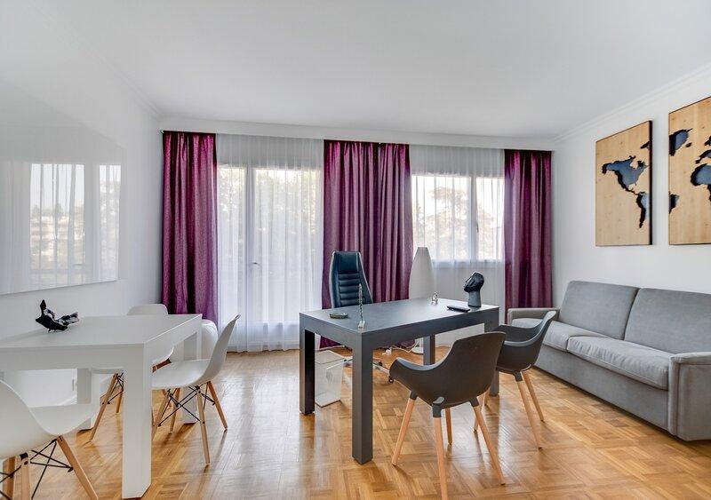 Fauriel - Prestations haut de gamme - St Etienne, holiday rental in Saint-Etienne