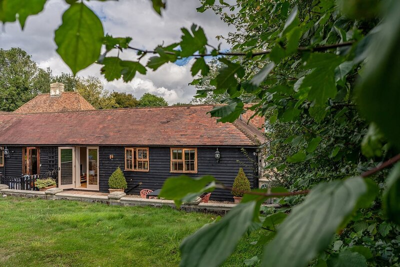 Morden Country Converted Stable, in the Kent Downs, holiday rental in Brabourne