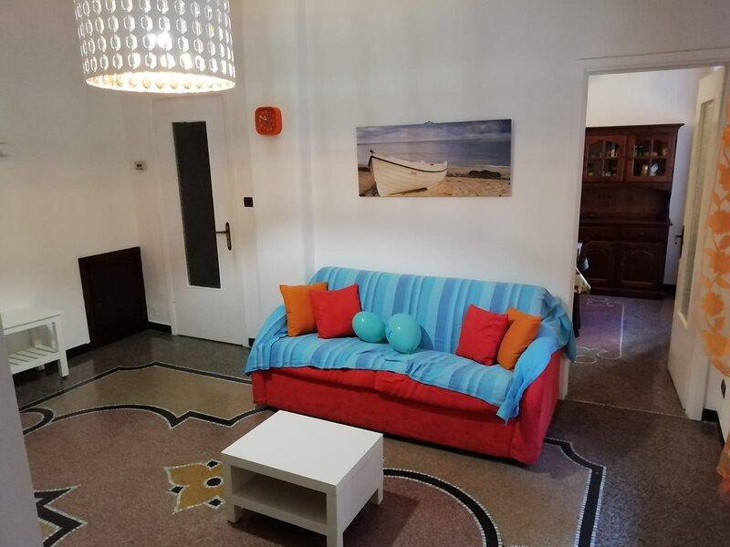 Appartamento in centro storico a Varazze, holiday rental in Gameragna