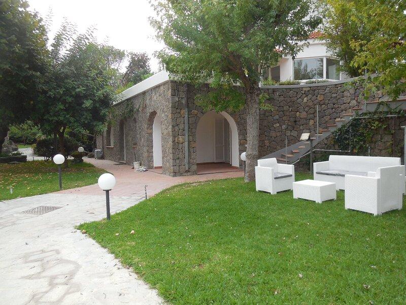 Villa Cycas, holiday rental in Cretaio