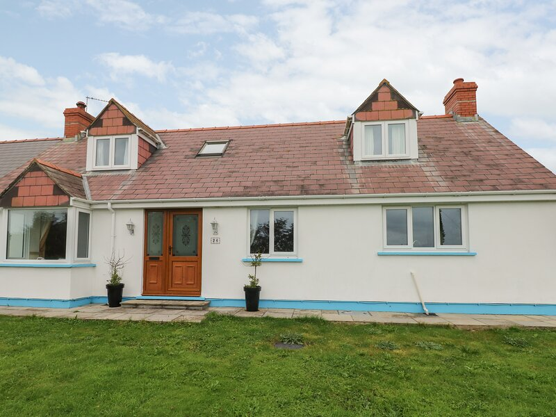 Sunnybanks, Marloes, holiday rental in St Ishmaels