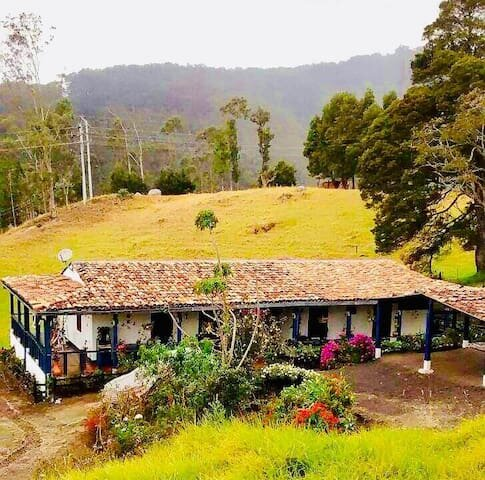 casa ecoturistica con rio y vista a las montañas, holiday rental in San Francisco