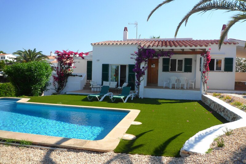 Villa Flower, holiday rental in Binibeca