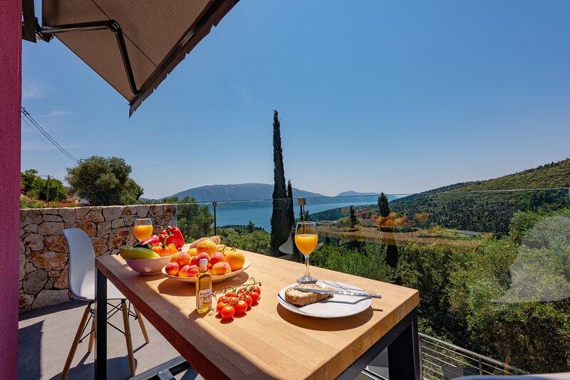 Agata Art Villa, holiday rental in Platrithias