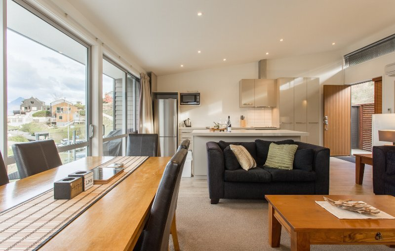 Four bedroom home located in Queenstown, holiday rental in Lower Shotover