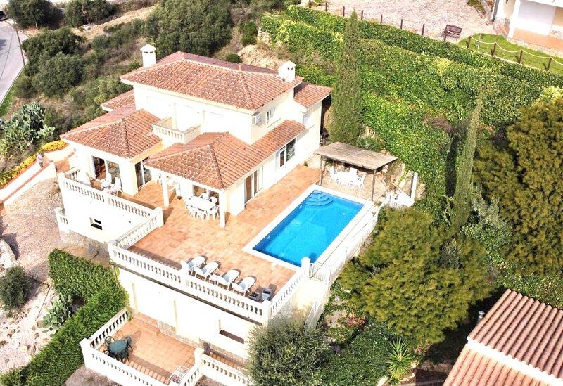 Villa begica 10 personas, aluguéis de temporada em Pau