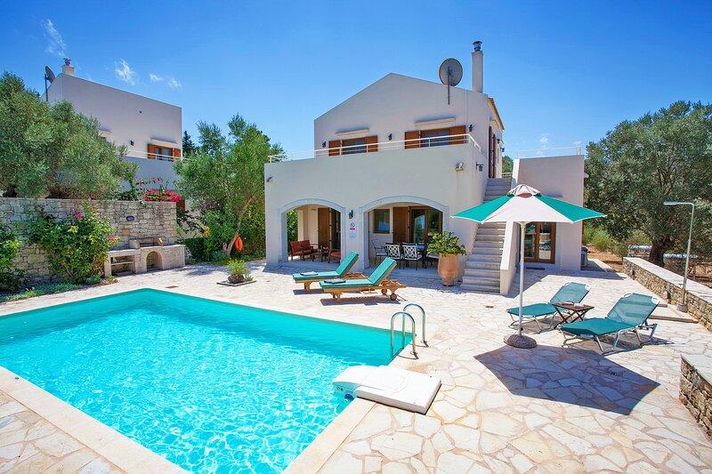 Rural Villa, Private pool, Near Tavern, Beautiful landscape, 2 persons,A, location de vacances à Thronos
