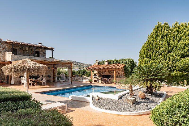 Agnes Villa, unrivalled living!, holiday rental in Pigi