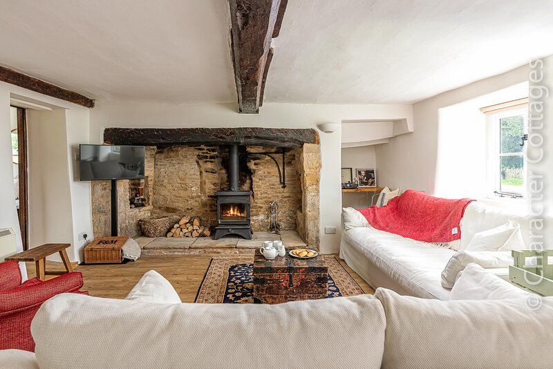 Travellers Joy is an exquisite Grade II listed cottage., location de vacances à Swell