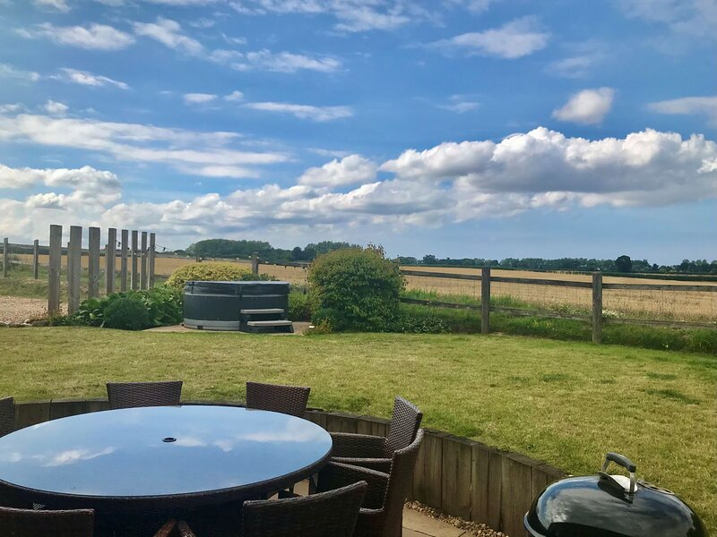 Kings Beck Barn, holiday rental in Banningham