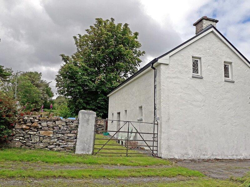 Brookfield Cottage M005, vacation rental in Kilmaine