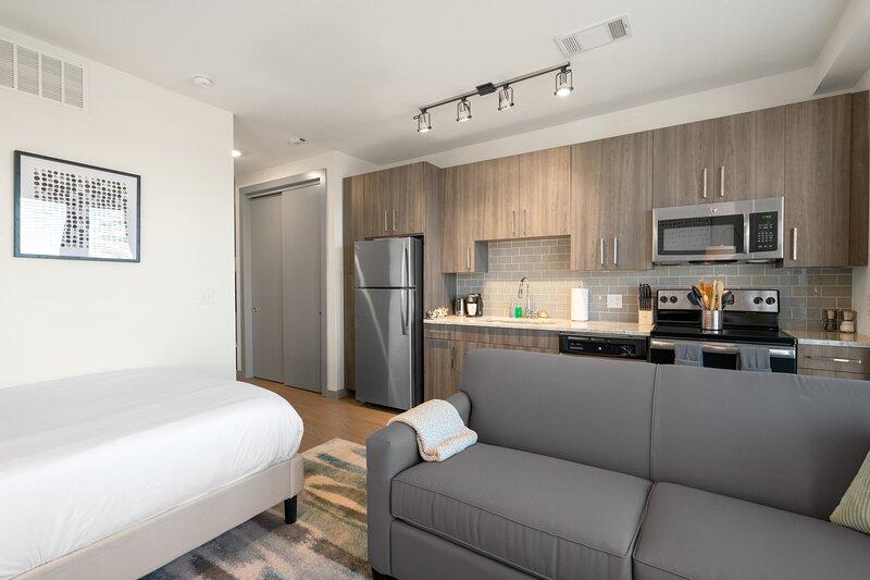 Kasa | Arlington | Roomy Studio Apartment, aluguéis de temporada em Dalworthington Gardens