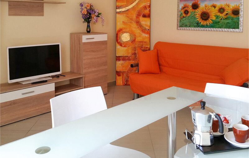 Amazing apartment in Gallipoli with 1 Bedrooms (ISA335), vacation rental in Rivabella