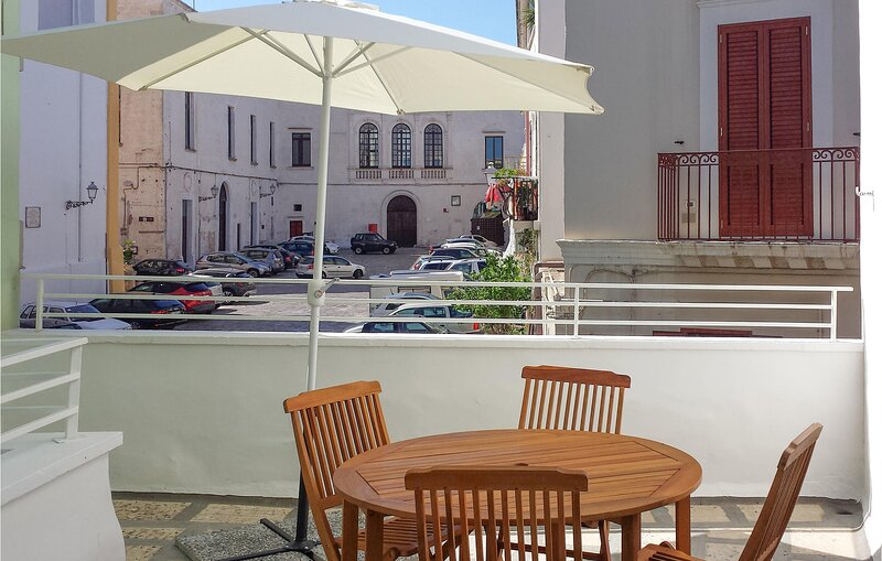 Beautiful apartment in Matino with 1 Bedrooms (ISA372), holiday rental in Matino