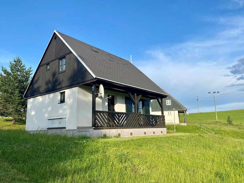 Happy Hill, holiday rental in Vrchlabi