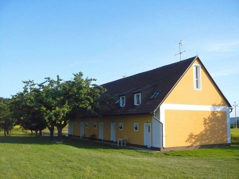 Rabyně, holiday rental in Velke Popovice