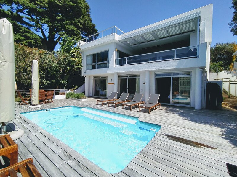 Nicky's Sea Facing Family Home |  � Walk to Hobie Beach | � Private Pool, holiday rental in Plettenberg Bay
