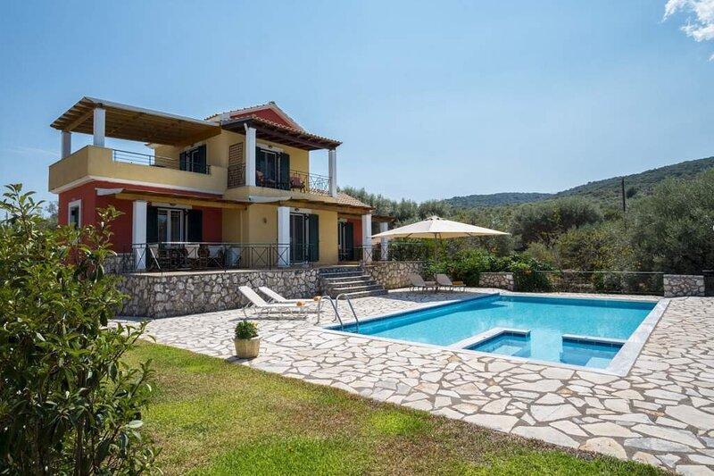 Villa Eleni, location de vacances à Astakos