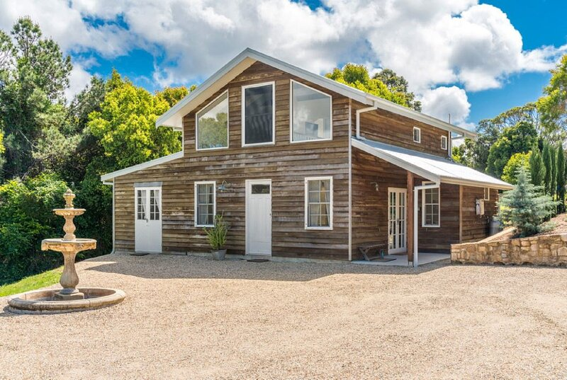 Your Luxury Escape - Barn House, holiday rental in Brooklet