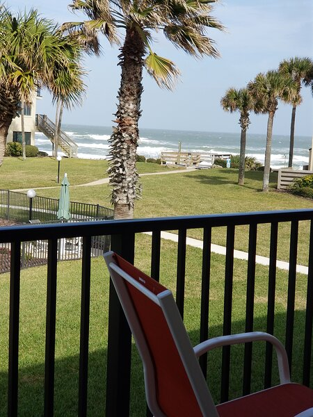 Summerhouse-447-Luxury Condo Relaxing,Spacious,Great Ocean Views Steps to Beach,, casa vacanza a Saint Augustine