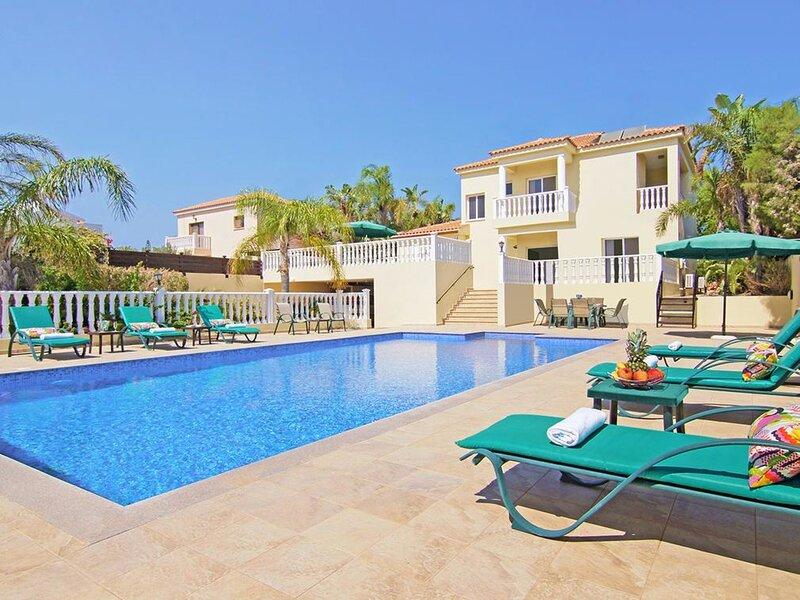 PAASK2, holiday rental in Frenaros