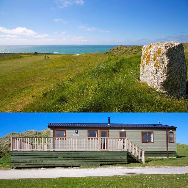 Lodge C (No Pets) - 6 Berth (Fairways) Self-Catering Accommodation Perranporth, holiday rental in Bolingey