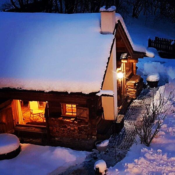 Romantikhütte am Mölltaler Gletscher, location de vacances à Obervellach