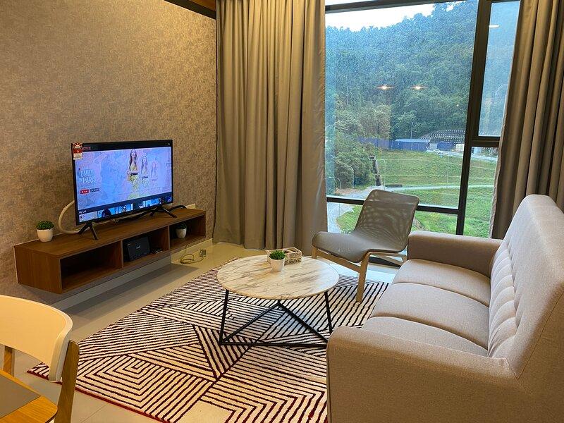 The Ridge KL East Service Residence - 2 Bedroom Condo, holiday rental in Janda Baik