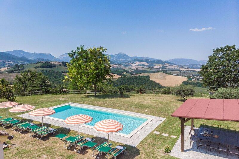 VILLA FELICE, holiday rental in Montefortino