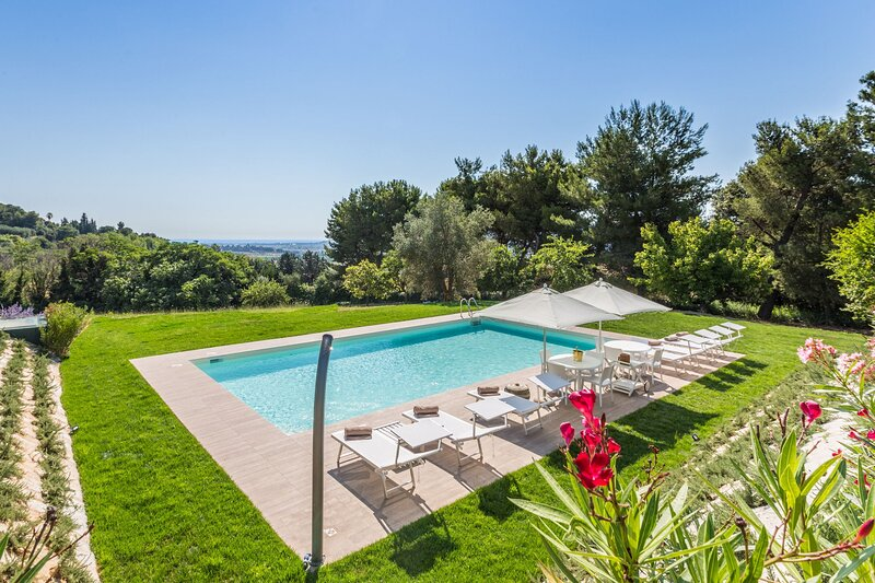 VILLA ANNA MARIA, holiday rental in Stella di Monsampolo