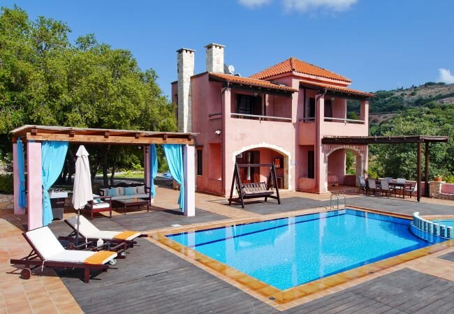 Armenoi Villa Sleeps 5 with Pool and Air Con - 5873680, vacation rental in Agioi Pantes