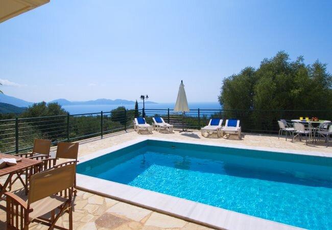 Tzamarellata Villa Sleeps 7 with Pool and Air Con - 5873704, alquiler de vacaciones en Assos